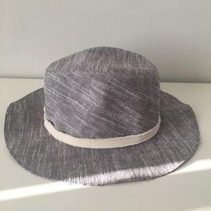 Zara gray hat